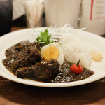 カレー食堂 リトルスパイス - ブラックカレー(1,030円)