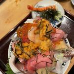江戸富士 - 海苔を取るとうにがたっぷりと
