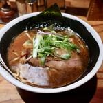 麺場 浜虎 - 醤そば・大盛(760円)
