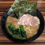 家系ラーメン 教道家 - 料理写真:らーめん(650円)