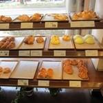 松山マイセン - お昼時訪問で既に品薄状態