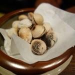 銀蕎麦國定 - 塩煎り銀杏(¥700)。