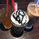 チロリン村 - ジャスミン茶のアイス ココアのアイス カフェラテのアイス