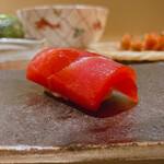 sushikoshikawa - マグロの赤身漬け