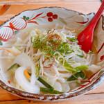 麺屋 よつ葉 - 松阪タン麺
