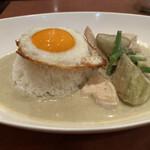 タイ料理レストランThaChang - 綺麗に盛り付けられてます。