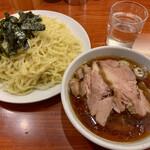 らあめん 満来 - チャーシューざる(1,350円)