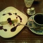 15330180 - 我留慕ブレンドとレアチーズのセット