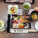 三朝寿司 - 「ちらしセット」1800円