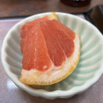 三朝寿司 - セットの果物