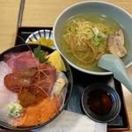 すみれ - 本日の海鮮丼