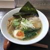 うどん本舗 - 料理写真:醤油ラーメン 麺硬め まみこまみこ