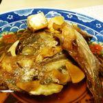 ゆふいん 花由  - 鯛のアラ炊き・・少し甘めですが、普通に美味しい。添えられた「ゴボウ」や「お豆腐」もよくお味が浸みていました。