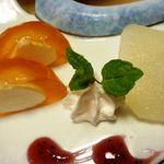 ゆふいん 花由  - デザート・・・柿チーズ・梨のコンポート。
