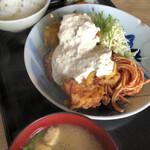 山角 - チキン南蛮定食920円