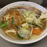七面 - 味噌ラーメン 野菜たくさん!