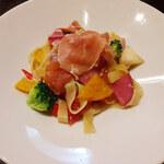 De salita - 「8種野菜と生ハムのペペロンチーノ」