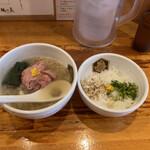 真鯛らーめん 麺魚 - 真鯛らーめん雑炊セット 1,100円(税込)