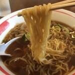 一楽 - 麺リフト