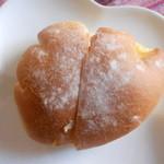 15335734 - クリームパン