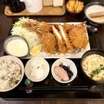 地蔵 - 料理写真:ミックスフライ御膳(1,880円)