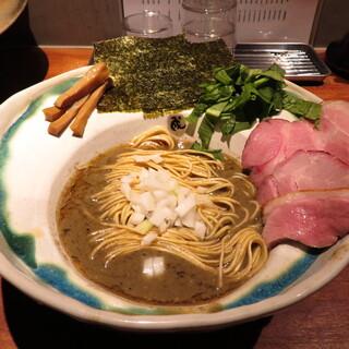 拉麺 成 - 料理写真:ニボリッチ 1100円