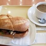 ドトールコーヒーショップ -  コーヒーとミラノサンド照り焼き 661円