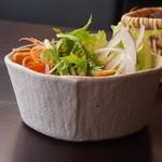 稲忠珈琲庵 - ミニサラダ
