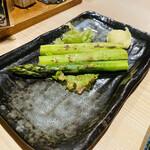 海鮮処 函館山 - アスパラ焼き