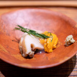 肉割烹 上 - 煮鮑 房州 余市塩水雲丹 八代青海苔