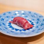 肉割烹 上 - 漬け 三田牛 イチボ