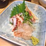 すみれ - 真鯛昆布じめ&タコ盛り合わせ700円
