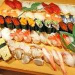 おたる栄六 - 料理写真:お得です!大人気50貫盛合せで5,250円!