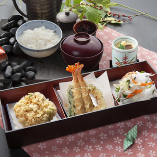 天ぷら つな八 - 料理写真:季節ランチ  小箱セット