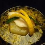 お料理 宮本 - ☆煮物椀は鯛と冬瓜…菊の花がキラリ(≧▽≦)/~♡☆