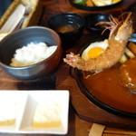 洋食春 - タルタルソースも自家製で美味しい