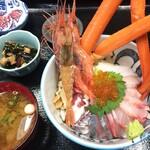 お食事処かねいち - 料理写真:海鮮丼
