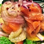153403208 - Fresco Caffe 「スモークサーモンと焼き茄子のマリネ」640円これ正解