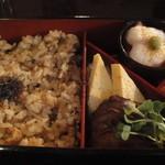 一乗寺 - 深川飯弁当(1050円)