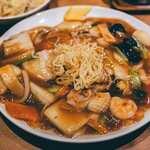 中国料理 かおたん - 五目あんかけ焼きそば + 半チャーハン