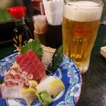 きんぱぎんぱ - ビール2杯目 進み方が早い(^_^;)