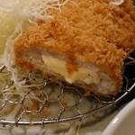 とんQ - 赤城豚ロースチーズかつ