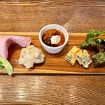 ディ フォルマッジオ クラ 6330 - 料理写真:前菜プレート