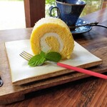 分家玉や - 料理写真:本日のおこめロールケーキ