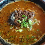 上海バール - 黒ごま坦々麺:880円