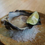 蕎麦 ハジメ - 料理写真:兵庫県産岩牡蠣