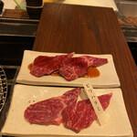焼肉萬野 - ビワハラミ。別名サガリと呼ばれるハラミの中でもあっさりした赤身のお肉です♡