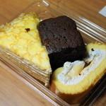 ドンレミーアウトレット - 2012.10 ミルクレープ、プリンロール、チョコケーキ(260円)
