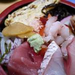 吾妻鮨 - 海鮮丼・アップ