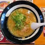 チャイニーズレストラン大雅 - 料理写真:令和3年6月 とんこつラーメン 680円